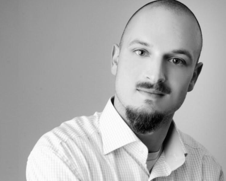 Kommunikations- und Sprachwissenschaftler Felix Müller: SEO, SEA und WebDesign aus einer Hand